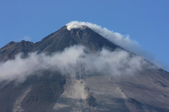 parque nacional arenal, arenal volcano national park, costa rica, volcano