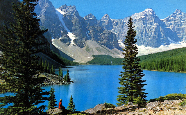 banff national park, alberta, canadian rockies, moraine lake