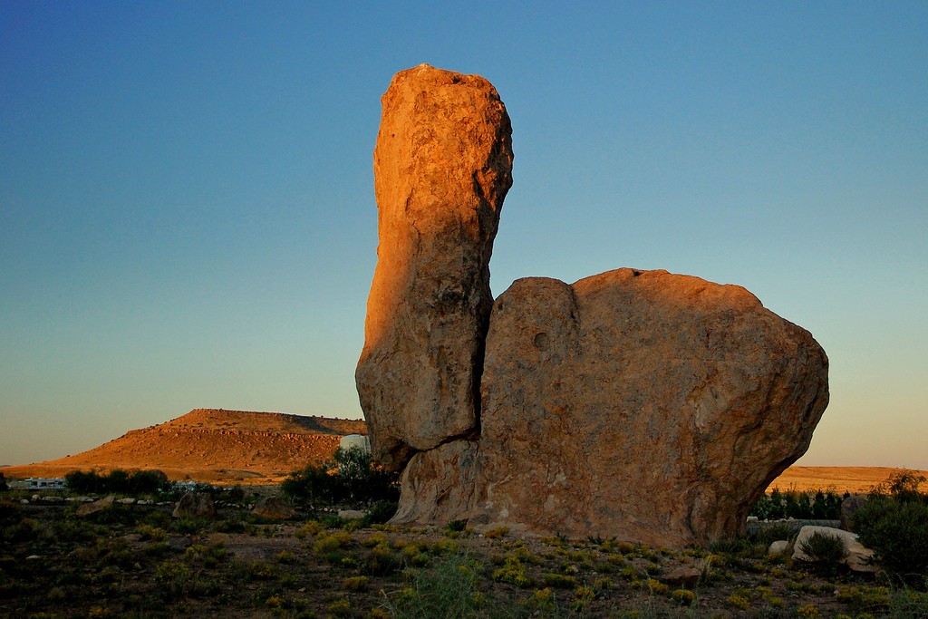 city of rocks state park, glowing thumb, sunset, dusk, new mexico